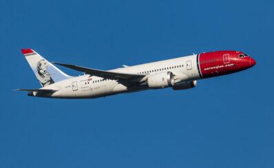 """Norwegian afvikler langdistanceruterne: """"Skuffende, men ikke just overraskende."""""""