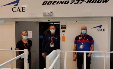 """Tidligere Jet Time-piloter i simulator: """"At kunne få dækket udgifter på op til 15.000 kr. gør en forskel."""""""