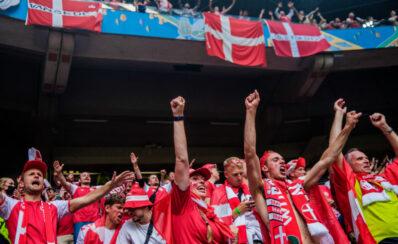 Sunclass flyver hundredvis af danske EM-fans til kvartfinale i Baku